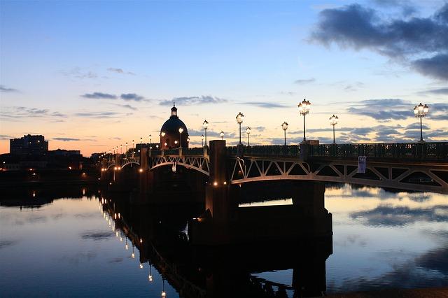 Pont neuf Vacances Sud Ouest en France Voyager en France Idées visites toulouse