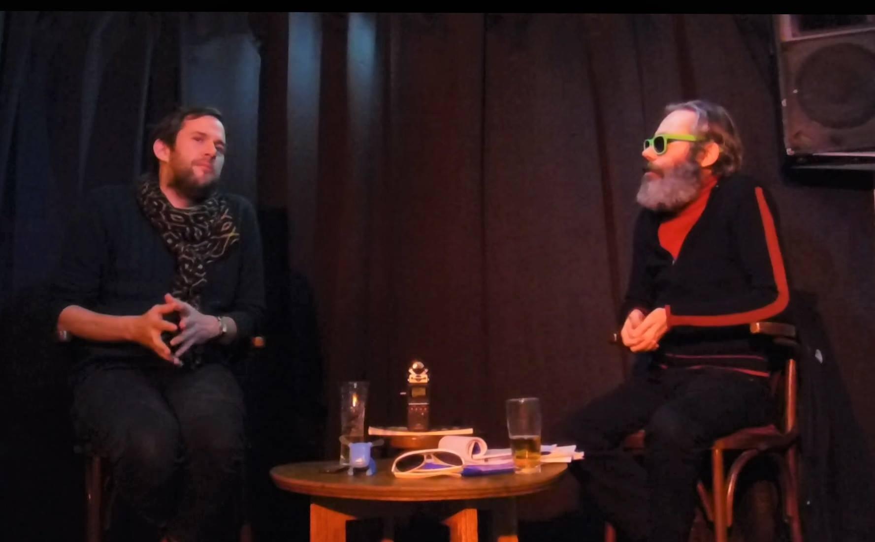 Dans Z Interviewé pour la webradio allo la planete, auguste wood interviewé par fabrice bérard