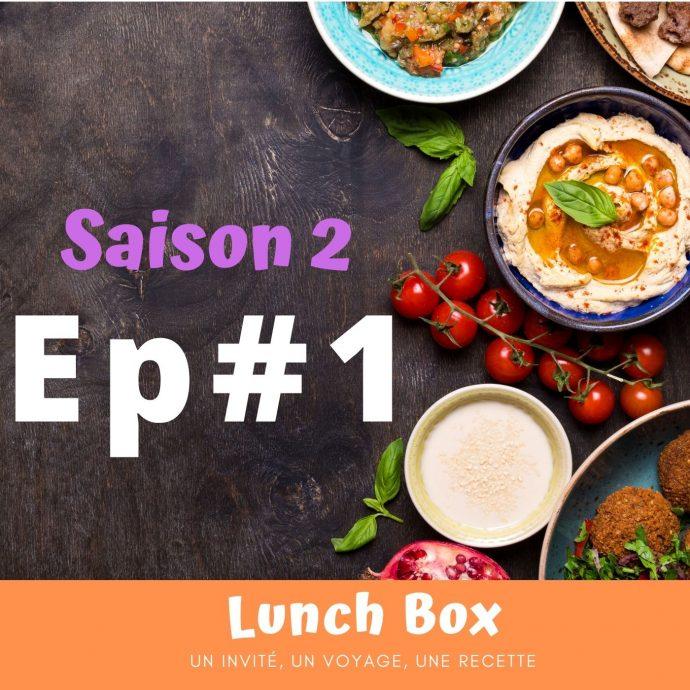 Pour la webradio Allô la planète, dans ce premier épisode de la saison 2 de Lunch Box, Flo est chaleureusement accueillie par Lhamo, dans son restaurant tibétain.