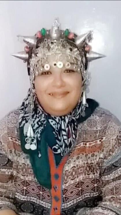 Halima partage les saveurs berbères du Maroc. Berbère installée à Privas en Ardèche est l'invitée de flo dans Lunch Box l'émission culinaire voyage d'Allô la Planète.