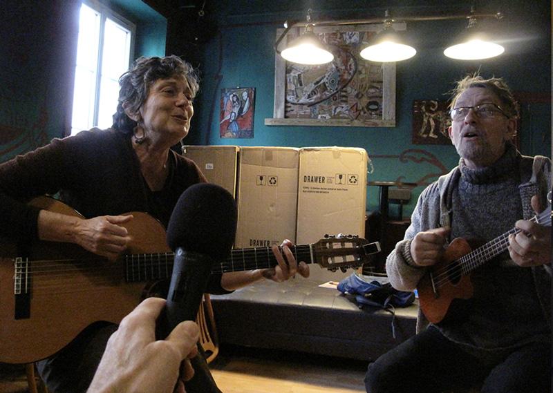 La Brebis Verte duo interview par Fabrice Berard pour z interview podcast voyage musique allo la planete.jpg